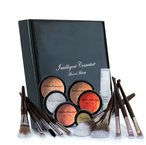 17 Piece Set 2 Colour Foundation & Primer
